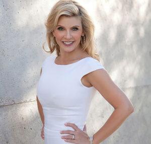 Renee Dee - Host